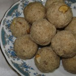 Rava Laddoo