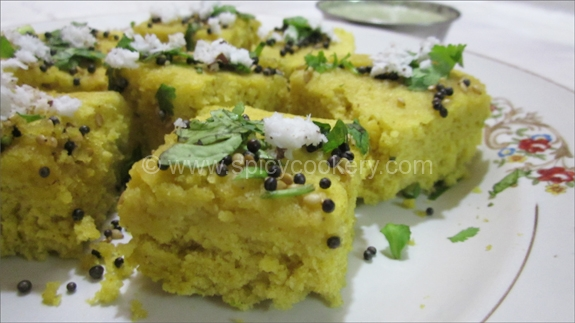 Instant Khaman Dhokla  ( Microwave Recipe)