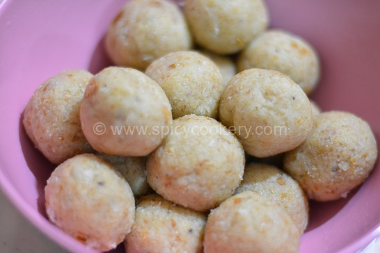 Bread unniappam roundly shaped